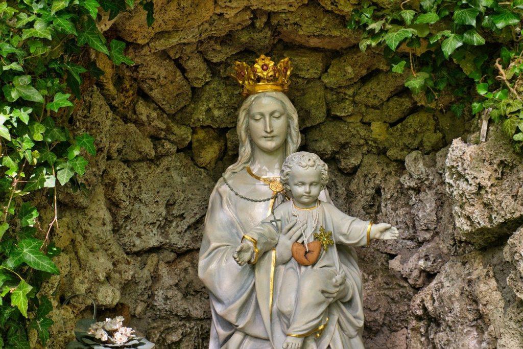 街角の聖母マリア